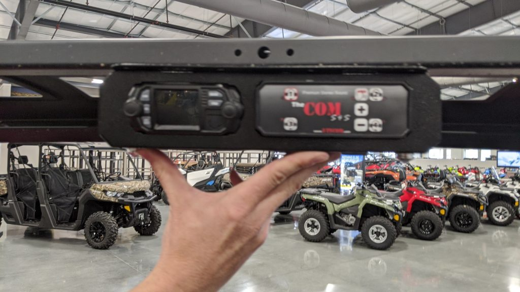 The COM stereo Plug and Play COM Kit